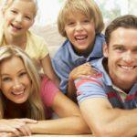 Buon padre di famiglia ammazza moglie e figlie/i….